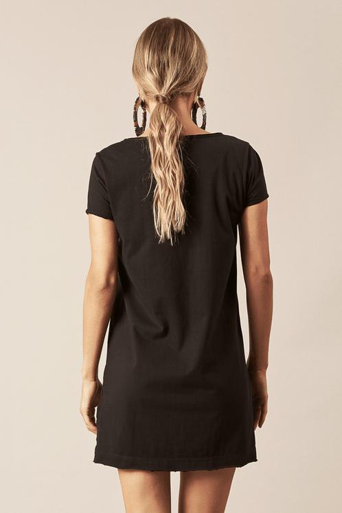 Camiseta-Preta-Sou-Leve-Hippie-Chic-Costas