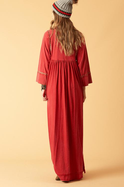 Vestido-longo-vermelho-estonado-yacamim-costas