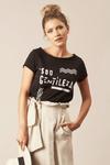 Camiseta-Preta-Sou-Gentileza-Yacamim-frente