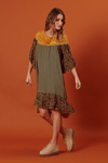 Vestido-com-renda-patchwork-yacamim-pose--Copia-