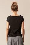 Camiseta-Preta-Sou-Autentica-Yacamim-frente
