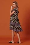 Vestido-curto-patchwork-preto-floral-yacamim-costas