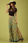 Calca-pantalona-verde-estampada-Yacamim-Lado