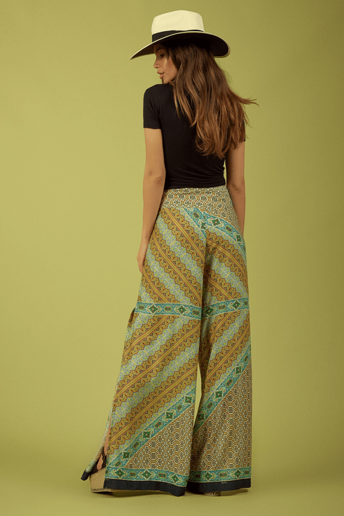 Calca-pantalona-verde-estampada-Yacamim-Costas
