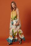 Vestido-longo-com-fendas-tropical-yacamim-lado