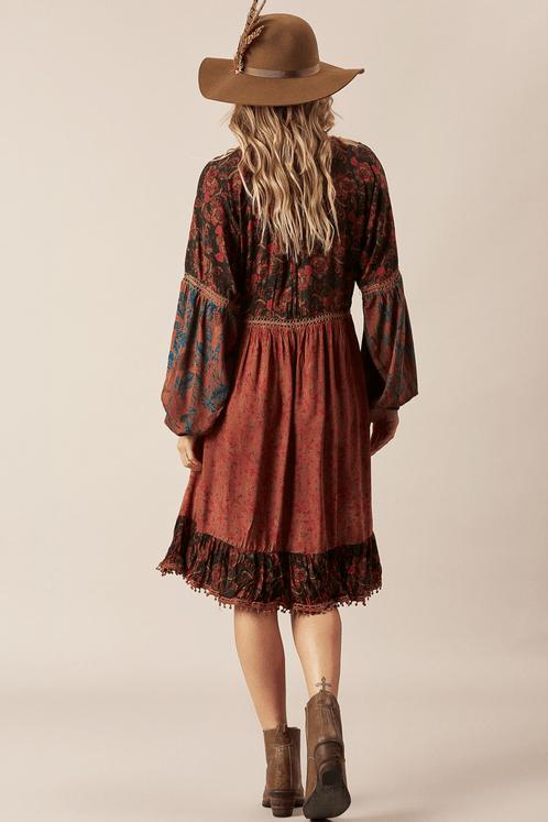 Vestido-Vermelho-escuro-Patchwork-Yacamim-Costas