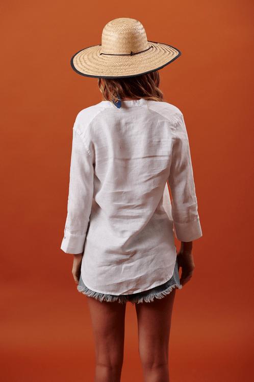 Camisa-de-linho-branca-yacamim-costas