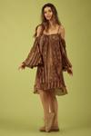 Vestido-Ciganinha-Marrom-Rupestre-Yacamim-Lado