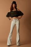 Calca-Flare-Jeans-Yacamim-Frente