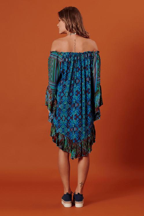 Vestido-Ciganinha-Pontas-Azul-Patchwork-Yacamim-costas