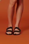 Sandalia-duas-tiras-preta-yacamim-frente