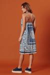 Vestido-curto-reto-com-alca-Yacamim-Frente