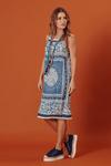Vestido-curto-reto-com-alca-Yacamim-Lado