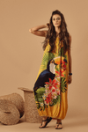 Vestido-passaros-do-Brasil-Yacamim-Pose