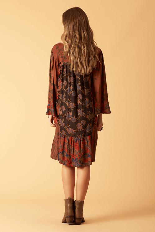 Vestido-midi-patchwork-yacamim-costas