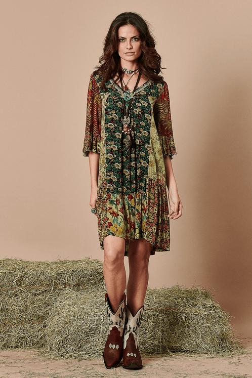 Vestido-curto-patchwork-yacamim-frente