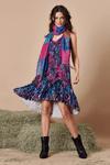 Vestido-com-rendas-Batik-digital-Yacamim-frente
