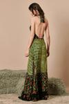 Vestido-patcwork-frente-unica-Yacamim-costas