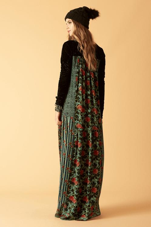 Vestido-longo-com-veludo-patchwork-costas