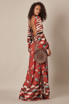 Vestido-Longo-Vermelho-Escuro-Yacamim-costas