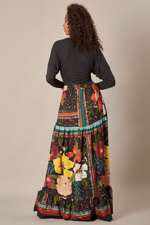 Saia-Longa-babados-Floral-Yacamim-costas
