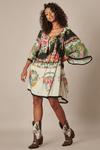Vestido-Curto-Amplo-preto-Floral-Yacamim-frente
