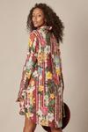 Chemise-Gode-estampa-floral-yacamim-costas