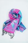 Lenco-rosa-com-azul-yacamim-detalhe