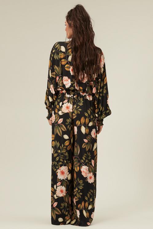 Macacao-preto-floral-yacamim-costas