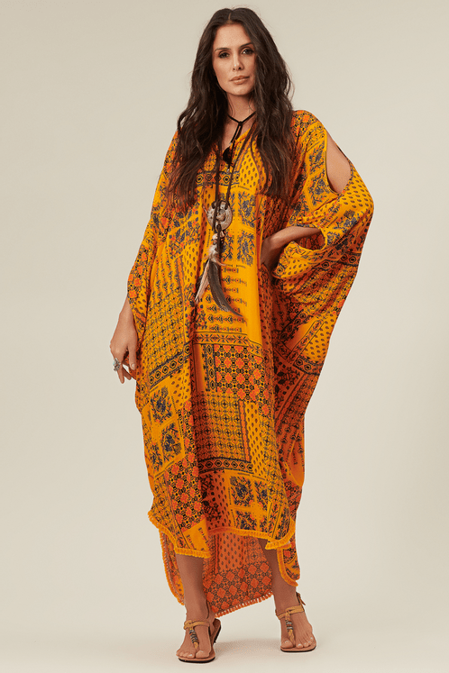 Kaftan-longo-amarelo-patchwork-Yacamim-frente