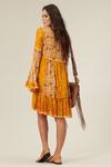 vestido-de-renda-patchwork-yacamim-costas