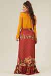 Saia-Longa-Vermelha-Floral-Yacamim-costas