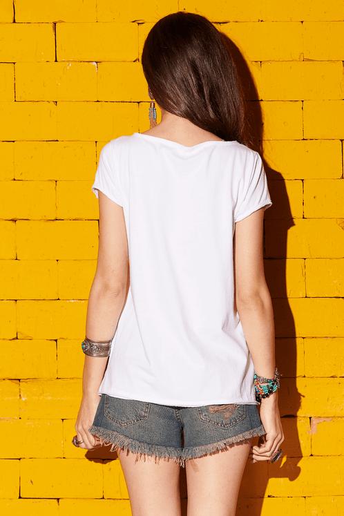 Camiseta-Branca-Estampada-Yacamim-costas