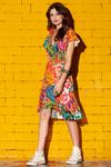 Vestido-curto-transpassado-estampa-floral-yacamim-frente