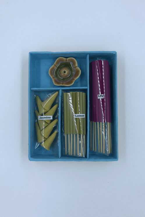Kit-Incesario-Azul-Yacamim-frente