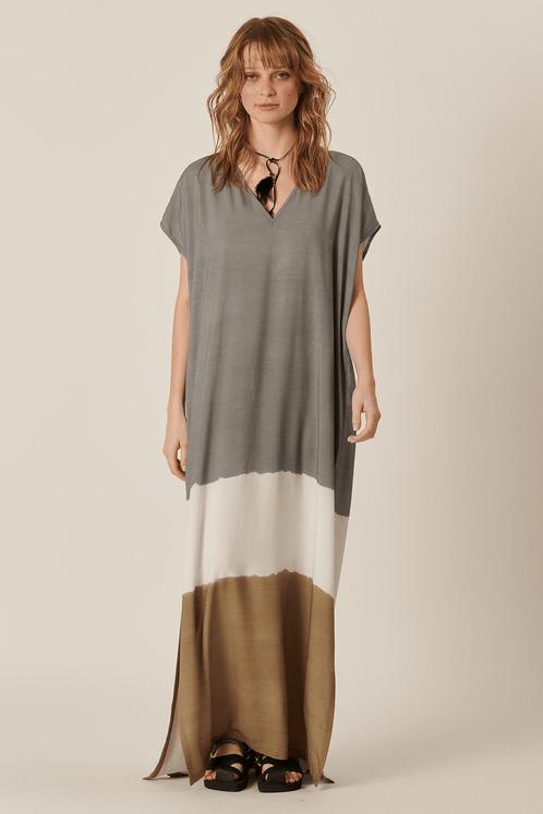 Vestido-Longo-Cinza-e-Marrom-Tie-Dye-Yacamim-Frente