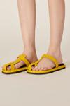 Sandalia-Amarela-Yacamim-Frente