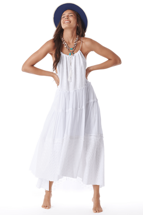 Vestido-Mullet-Branco-de-Guipure-Yacamim-frente