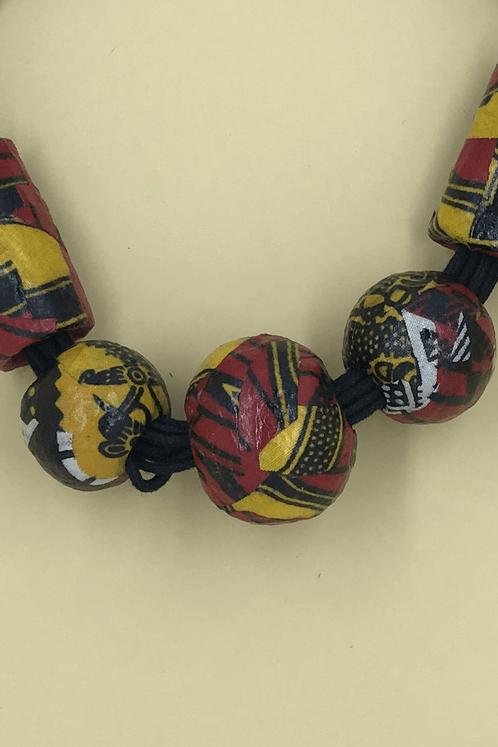 Colar-Ashanti-Yacamim-detalhe