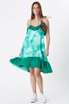 Vestido-curto-babados-yacamim-verde-frente