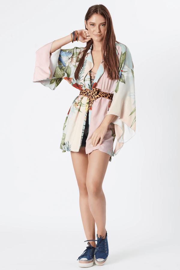 Kimono-Curto-yacamim-verde-floral-frente
