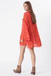 Camisa-Saida-de-praia-Vermelha-Yacamim-costas