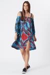 Vestido-Curto-Ciganinha-Azul-Patchwork-Yacamim-frente