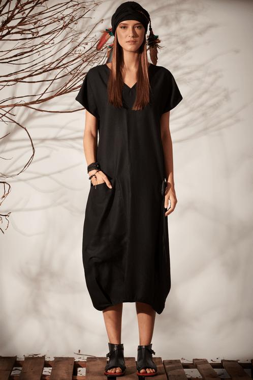 Vestido-Linho-Preto-com-fivela-YAcamim-frente