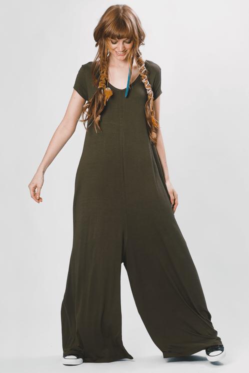 Macacao-pantalona-verde-yacamim-frente