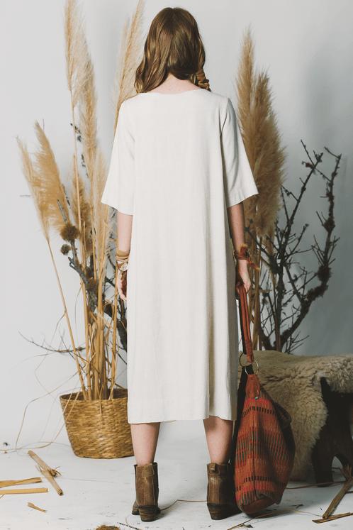 Vestido-Midi-Linho-Bege-Yacamim-costas