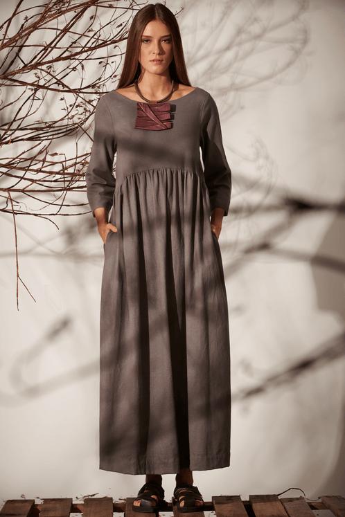 Vestido-Midi-Mangas-3-8-Linho-Cinza-Yacamim-frente