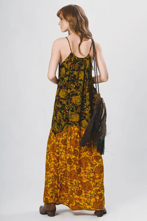 Vestido-amarelo-patchwork-yacamim-costas