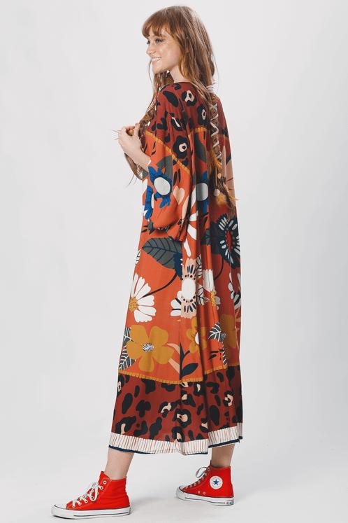 Vestido-Midi-Laranja-Estampado-yacamim-costas
