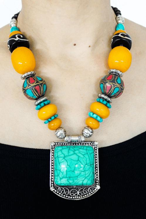 Colar-Indiano-Pedra-Verde-Yacamim-frente